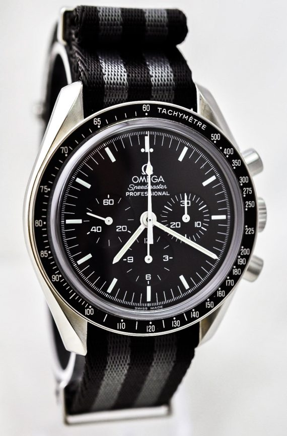 Omega Moonwatch-4