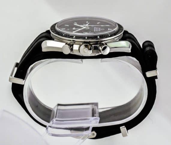 Omega Moonwatch-5